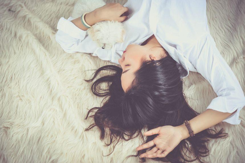 8 kroków do błyszczących włosów