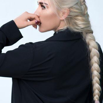 Przyczyny siwienia włosów